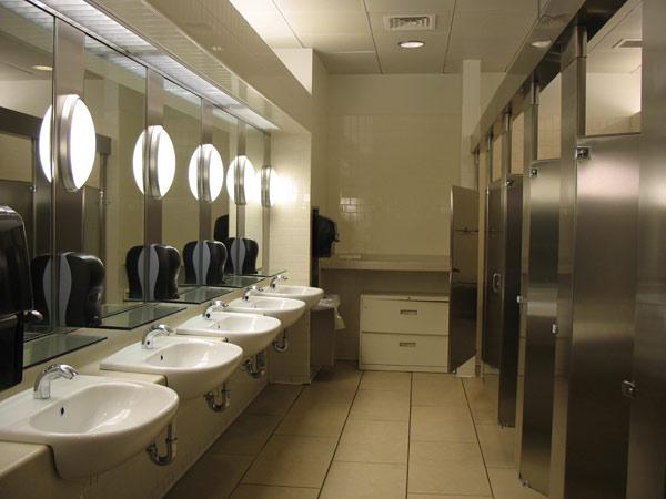 Servizi-igienici-settore-terziario